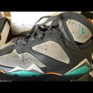 "Air Jordan Retro 7 BG Size 5.5y ""Barcelona Days"""